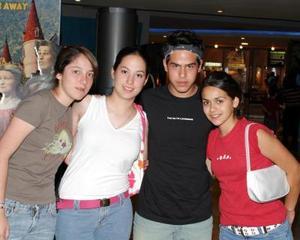 Ale Hernández, Ale Torres, Jorge Serna y Sofía Martínez.