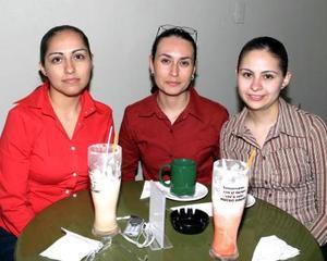 Nora González, Leonor Macías y Consuelo Noé.