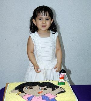 Natalia Estrada García festejó su cumpleaños, con un divertido convivio.