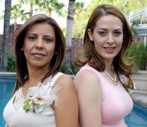 Ana Cristina García Maisterrena y Claudia Mendiola Rodriguez, en la despedida que les ofrecieron por sus respectivos matrimonios.