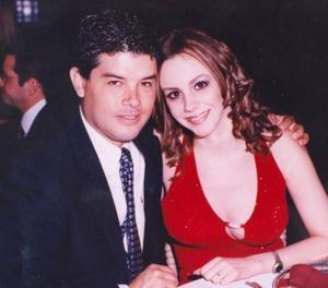 <b><u> 16 de abril </b></u><p> Hoy 16 de abril del presente año contraerán matrimonio el señor Fernando Maldonado González y Edna Esther Humphrey Tueme.