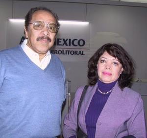 José Ángel Ortiz fue despedido por María de los AÁngeles de Ortiz, antes de viajar al DF.