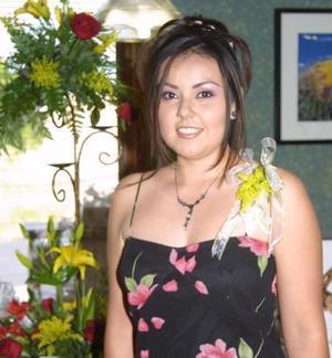 Beatriz Scarlet Orozco Álvarez contraerá matrimonio con Manuel Ramírez Landeros, el próximo, diez de julio.