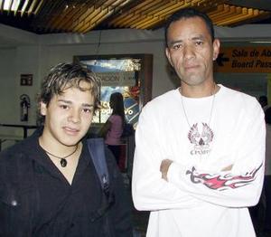 José Rodríguez fue despedido por Jesús González, antes de viajar a Tijuana.