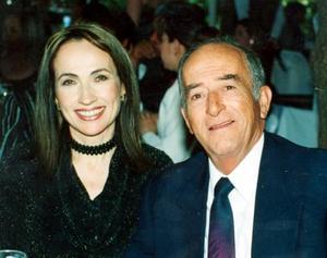 Carmen y Luis Hermosillo, en una grata velada.