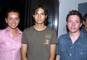 Diana Solís, Carlos Díaz y Fernando González.