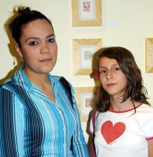 Rosavelia Valero y Nancy Ramos.
