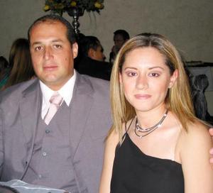 <b><u> 19 de abril </b></u><p>  Señor Francisco Nevárez Alemán y señora Gabriela de Nevárez.