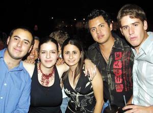 Karen Giacomán, Coro Jaidar, Cisty Berlanga, Juan Cepeda y Juan Ramírez