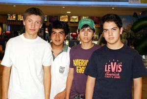 Gerardo Montes, Ignacio Valencia, Guillermo Tez y Christopher Pollet.
