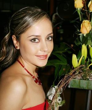 <u><b>22 de abril </b></u> <p>  María Fernanda Jaime Rodríguez, en su primera despedida de soltera.