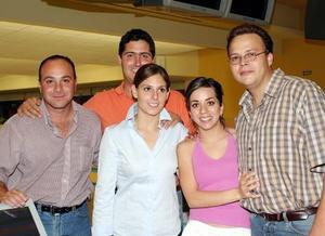 <b><u> 23 de abril </b></u><p> Tolano, Juan Carlos Jáuregui, Pilar, Ana Tere de Torres y Genaro Torres.