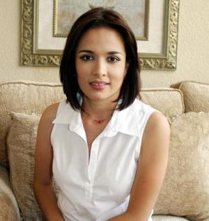 Ruth Medrano Flores contraerá matrimonio el día de hoy, con Manuel Alejandro Armendáriz Vela.
