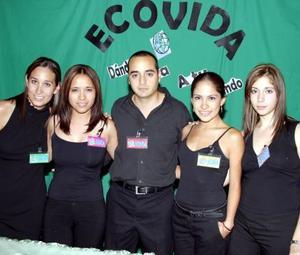 Chelito Macías, Cristina Hérnandez, Mario Islas, Lilia Reyes y Luisa Villarreal.