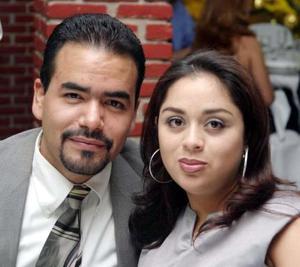 Gerardo Cano y Elizabeth Escalante.