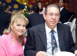 Martha y Mike Peña.
