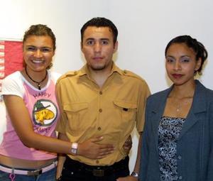 Melissa González, Emilio Torres, Judith Gutiérrez.