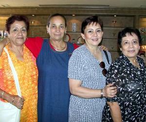 Alicia Álvarez de Pérez, Tita Rivera Gómez, Elba Barrón de García y María Elena de Cruz.