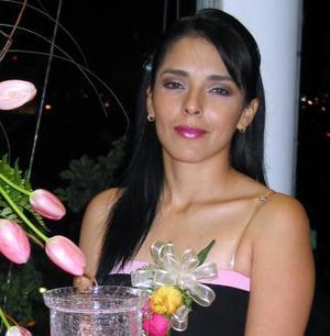 Viviana Borrego Guerrero contraerá matrimonio con el señor Carlos Sánchez Cervantes y por tal motivo, fue despedida de su soltería.