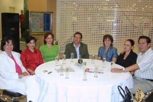 Mary Saldaña Villarreal, Cecilia Ramírez Hamdan, Gloria López Negrete, Francisco Bartoluchi, Josefina Rodríguez, Marus Romo de Gardea y Ernesto Gardea.