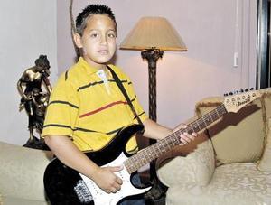 Guillermo Andrés González, un músico muy joven.