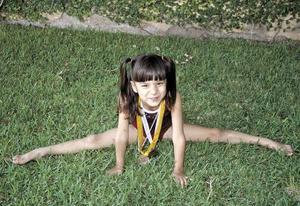 Isabel González Saldaña, una chiquitina sagaz en el deporte.