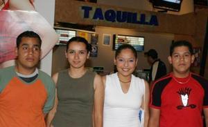 Marco Acosta, Nora Rodríguez, Diana Campos y Nicolás Landeros.