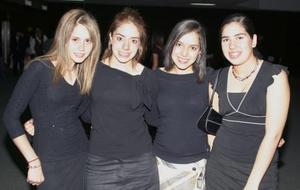 Vicky Zepeda, Yolid Marco, Marifer Valenzuela y Sofía Luna..