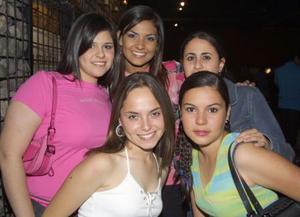 Laura Gómez, Astrid Baile, Vale Berlanga, Pamela Díaz y Karen Giacomán.