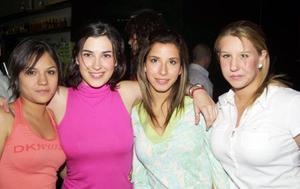 <b><u>18 de mayo </b></u><p> Karen Castillo, Bárbara Valdepeñas, Estela Alatorre y Mónica Peressini.