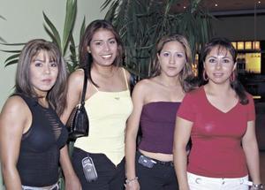 Ana Alicia Arellano, Esperanza Mata, Judith Ceniceros y Maribel Villanueva