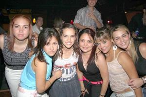 Cris Álvarez, Barby Rendón, Bárbara Garza, Tena Silveyra y MArcela Guerrero