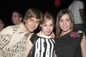 Filippo Aronis, Sonia Anaya y Regina Villarreal