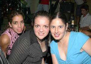 Magaly del Río, Marylú Gigi y Paty González.