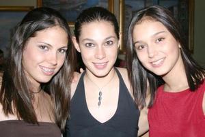 Vital Leal, Salma Jaik y Bárbara Castro.