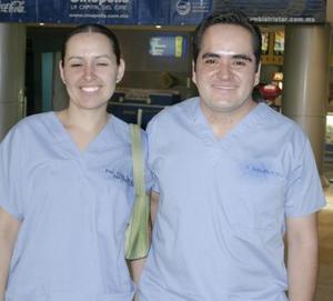Elda Camacho y Carlos Ochoa.