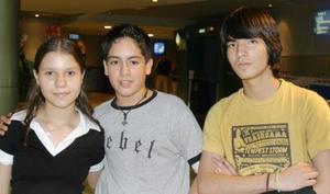 Cristina Gónzalez, Mauricio Sabag y Francisco Pérez.
