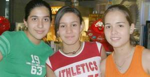 Silvia Barrera, Mónica Alba y Cristina Murey.