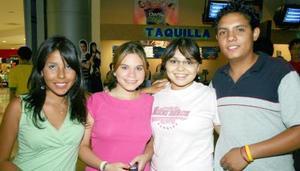 Ilse de la Garza, Ilse Galvani, Adriana Esparza y Ricardo Canales.