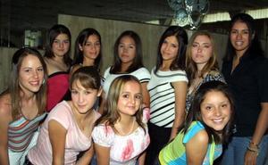 Gloria Chávez, Ana Rosa Quiroga, Daniela Liu, Carolina Aguirre, Cynthia Medinaveitia, Claudia Samaniego, Danielle Billard, salma Reza, Georgina Alejandra Ibáñez y Ana Cristina Reyes.