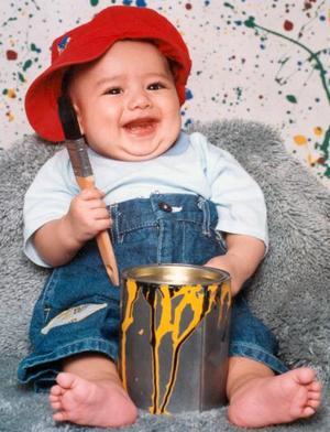 Emiliano Alba García, captado en una fotografía con motivo del Día del Niño; es hijo de los señores Juan Gerardo Alba Ruiz y María del Socorro García.