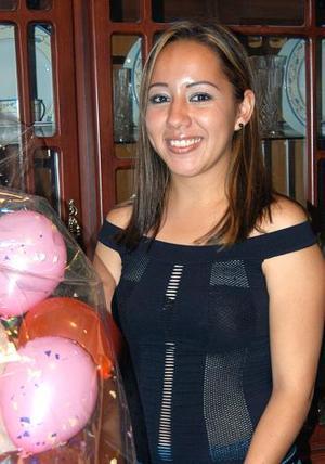 <u><b> 01 de mayo </u> </b><p> Tannia Fernández Juárez festejó su cumpleaños en días pasados.