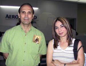 José Luis Novelo y Deborah Tiznado viajaron con destino a Veracruz.