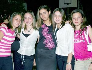 Laura Martínez, Pily Revuelta, Ana Sofía Tumoine, Marifer Gómez y Valeria Babún.