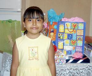 Raquel Espinoza Martínez festejó su cumpleaños, con un agradable convivio que le ofreció su mamá, claudia Guadalupe Martínez Fernandez.