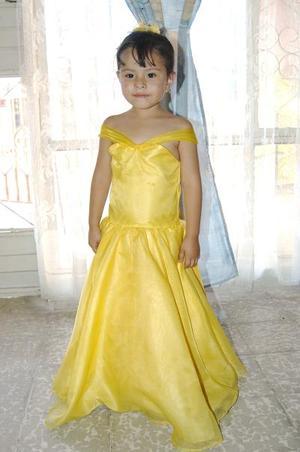 <u><b> 02 de mayo </u> </b><p> Vanesa Moreno Ojeda cumplió cuatro años de vida en días pasados y por tal motivo, sus papás le organizaron una fiesta infantil.