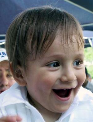 El pequeño Fernanado Landeros Ávalos en su fiesta infantil, con motivo de su primer cumpleaños.