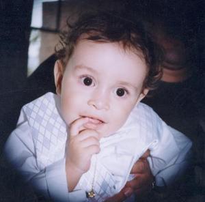 Ángel  David Reyes Monsiváis cumplió un año de vida en días pasados., es hijo de los señores Juan David Reyes Mena y María Cristina monsiváis Luna.