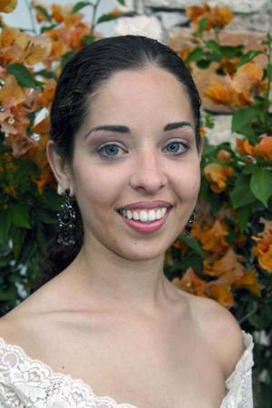 Daniela Valencia Correa contraerá matrimonio religioso con Eduardo Zermeño González.