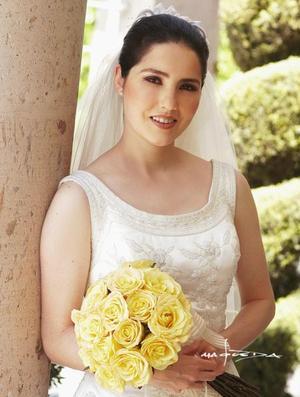 C.P. Cristina Valencia Portal el día de su enlace matrimonial con el Ing. Saúl Gómez Cantú..